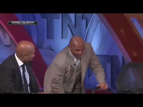 Charles Barkley gets a cramp -Inside The NBA