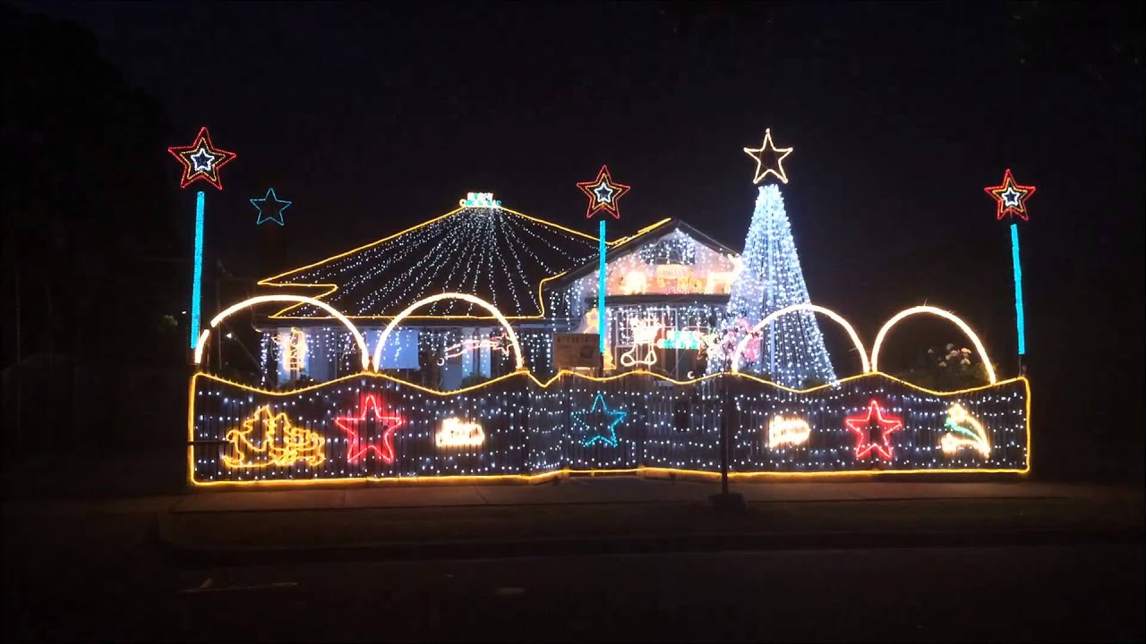 Pirates of the Caribbean 2015 Computerised Melbourne Christmas Lights In Preston & Pirates of the Caribbean 2015 Computerised Melbourne Christmas ... azcodes.com