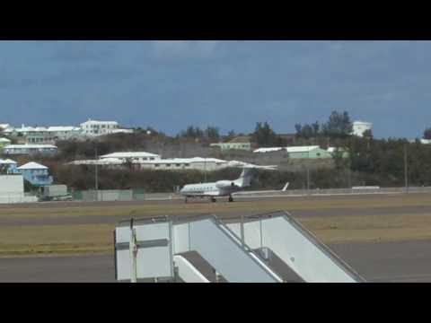 Bermuda runway