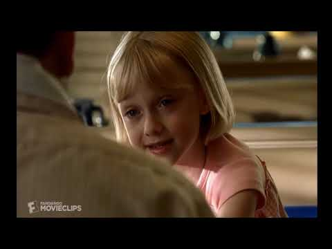 Best Actress: Dakota Fanning