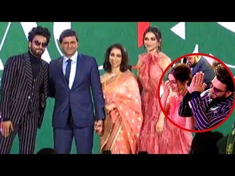 Ranveer Singh And Deepika Padukone Gets Emotional As Her Father Prakash Padukone Gets An Award