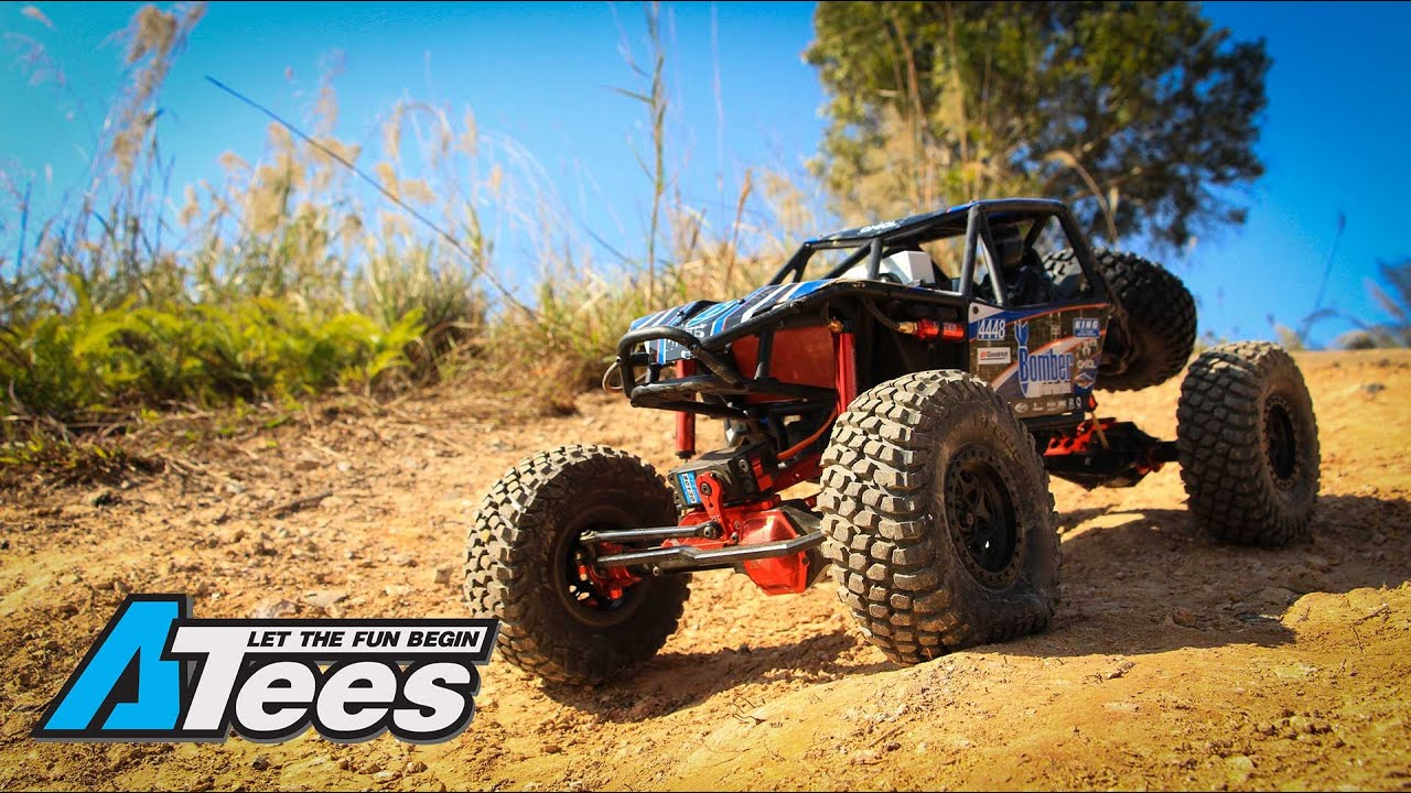 Axial Racing SCX10 and RR10 Bomber - Scale Crawling Goodness