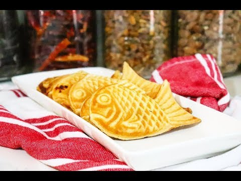 붕어빵  Bungeoppang - Korean Fish Shaped Waffle Bread