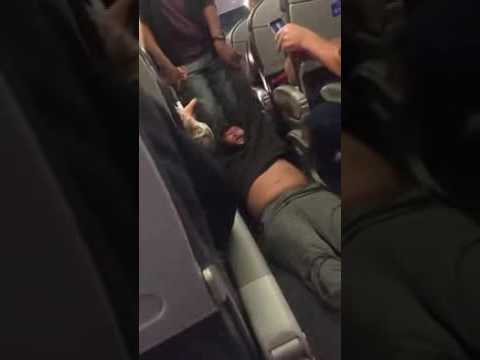Thumbnail: Doctor Pulled From Overbooked Louisville bound United Airline Flight 360p'