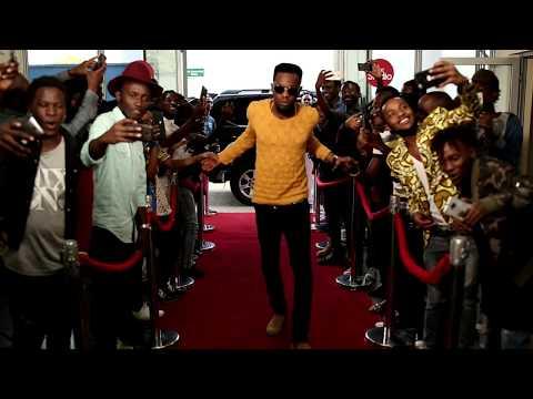 Alikiba na Patoranking wakiwa kwenye Red Carpet