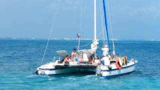 Catamaran private  Rental Cancun Isla Mujeres