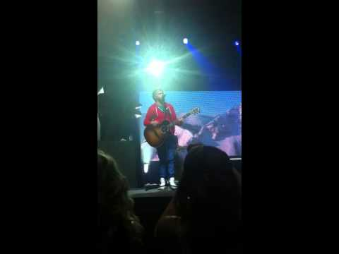 One Direction Use Somebody Cover. live