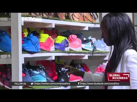 Entreprenuers help businesswomen tap into online marketing in Uganda
