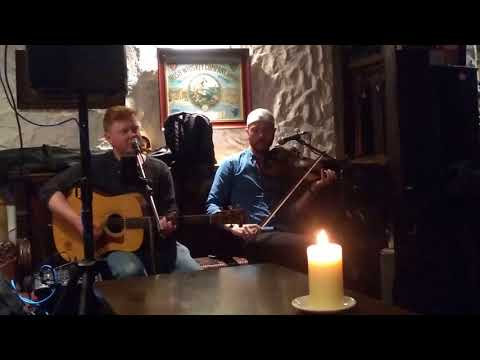 Irish music - Dungeon Bar in Kinnitty Castle on May 16 2018