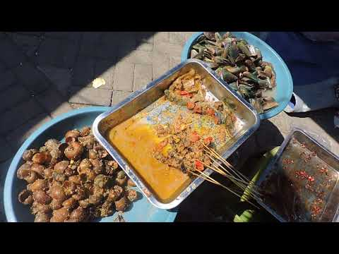 Indonesia Tegal Street Food : Kerang Hijau VS Sate Keong Sawah, Balaikota Lama Tegal//654//Seri I