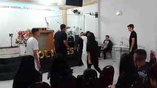 "Joy dance ""lecrae feat.breyan isaac river of jordan"""