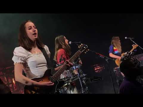 """Falling"" by Haim live at The Fillmore Detroit May 8th, 2018"