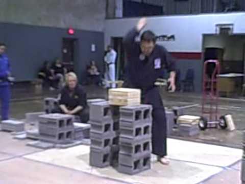 John Zurisk sets USBA/WBA unspaced elbow break 9 boards