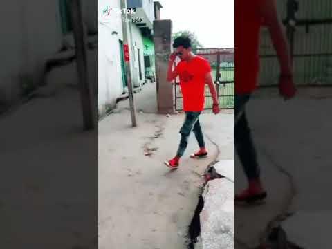 Ahshas tujhe bhi mere pyar ka hoga tik tok video by my hero (rokker romio)