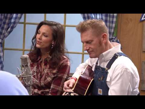 Joey and Rory sing