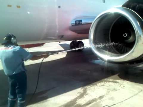 ESTAFETA COMPRESSOR WASH CFM56-3 ENGINE, B737-300F AIRCRAFT!