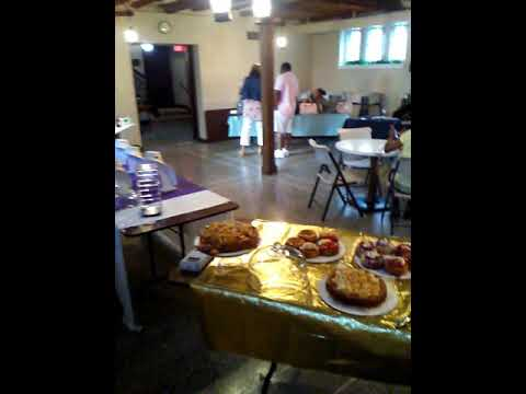 Detroit Deaf Newspaper Reporter Wadsworth report new cheesecake business La Table Ro