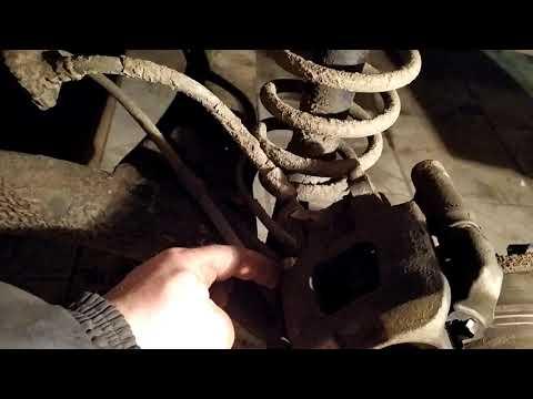Замена тормозных колодок на автомобиле BYD F3R