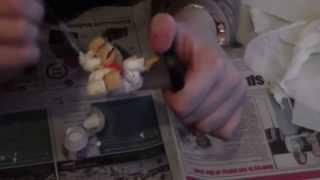 Painting a Honkey Kong Amiibo