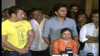 Yellow Marathi Film Salman Khan Govinda Riteish Deshmukh Big Premier