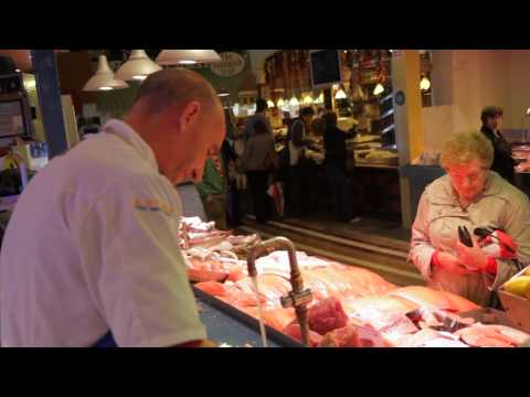 Discover Ireland -  The English Market in Cork