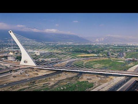 CRAZY GUY CLIMBING CABLE-STAYED BRIDGE PUENTE ATIRANTADO MONTERREY MEXICO