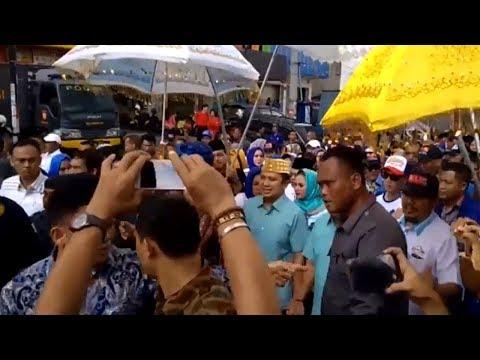 Rombongan Calon Gubernur Lampung Petahana M Ridho Ficardo - Bachtiar Basri Datang Ke KPU