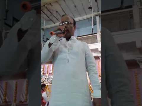 Khaki baba ke darbar me bhajan sunate hue shambhu agarwal hyderabad(2)
