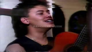 Fariz RM - Barcelona (Original Music Video & Clear Sound)
