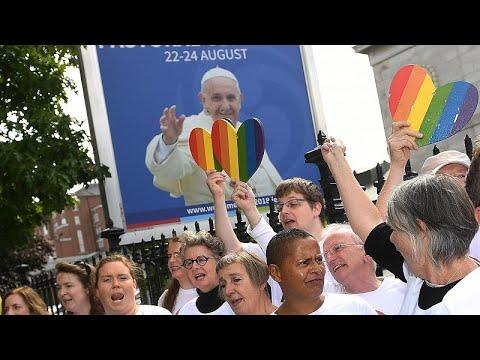 البابا في إيرلندا الشمالية.. حيث بدأ ينحسر دور الكنيسة الكاثوليكية…