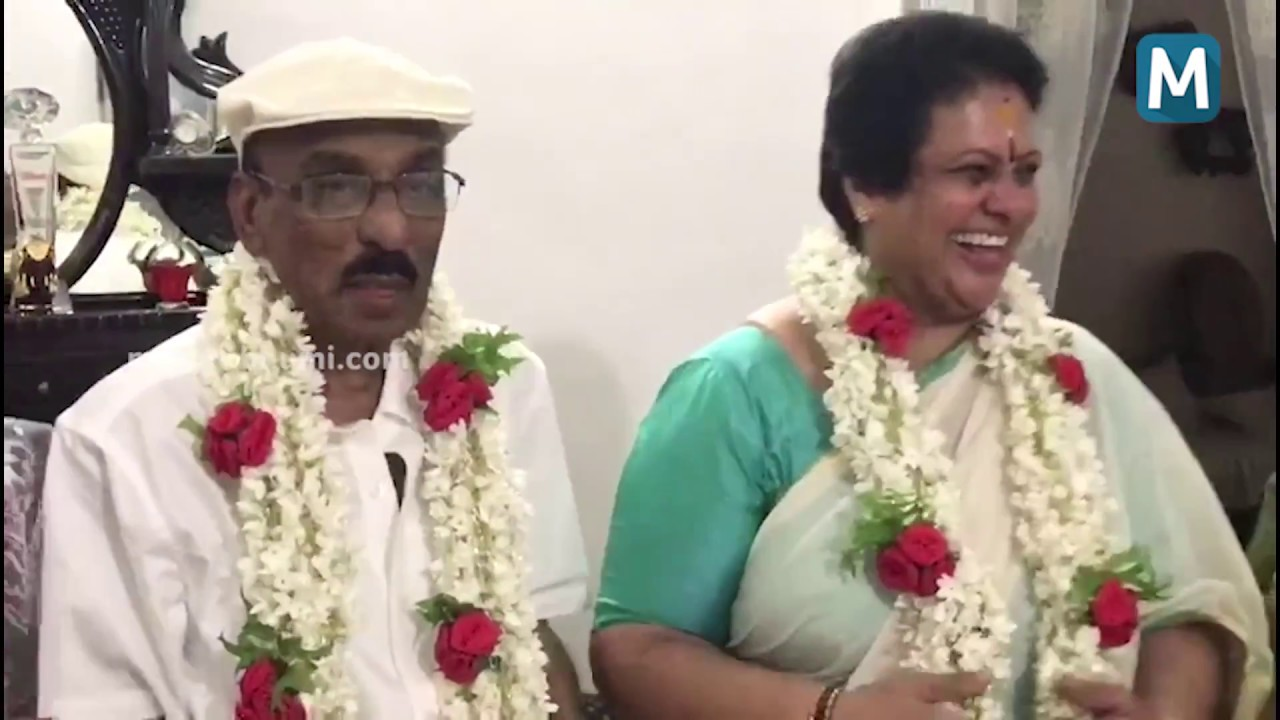 37th Wedding Anniversary Gifts: IV Sasi Seema Celebrating 37th Wedding Anniversary