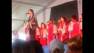 Hozier and the Berklee Roots and Gospel Choir