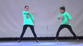 "Танец ""Хватит учить - давай танцевать!"" (hip-hop). Дуэт ""Sisters Twin"" (Соня и Ксюша Макиенко). 2015"