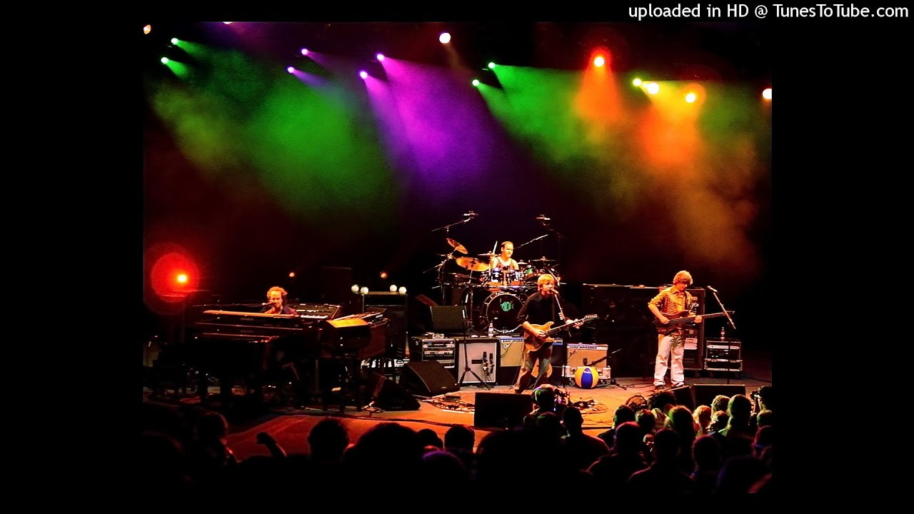 2.5 Phish   Slave To The Traffic Light   11/18/98   BI LO Center,  Greenville, SC Amazing Pictures