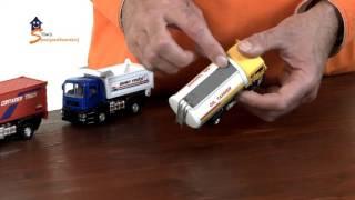 2-Play traffic  Vrachtwagen met brandstoftank