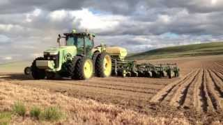 Auto Steer No operator in the cab. Fully automatic tractor and planter.