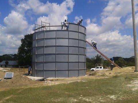 Instalaci n tanque 45 000 litros de agua en pisco for Tanques para cachamas
