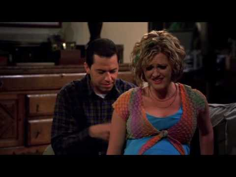Sara Rue in Two and a Half Men 02