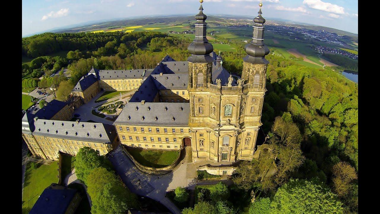 FPV Flug über das historische Benediktiner Kloster Banz