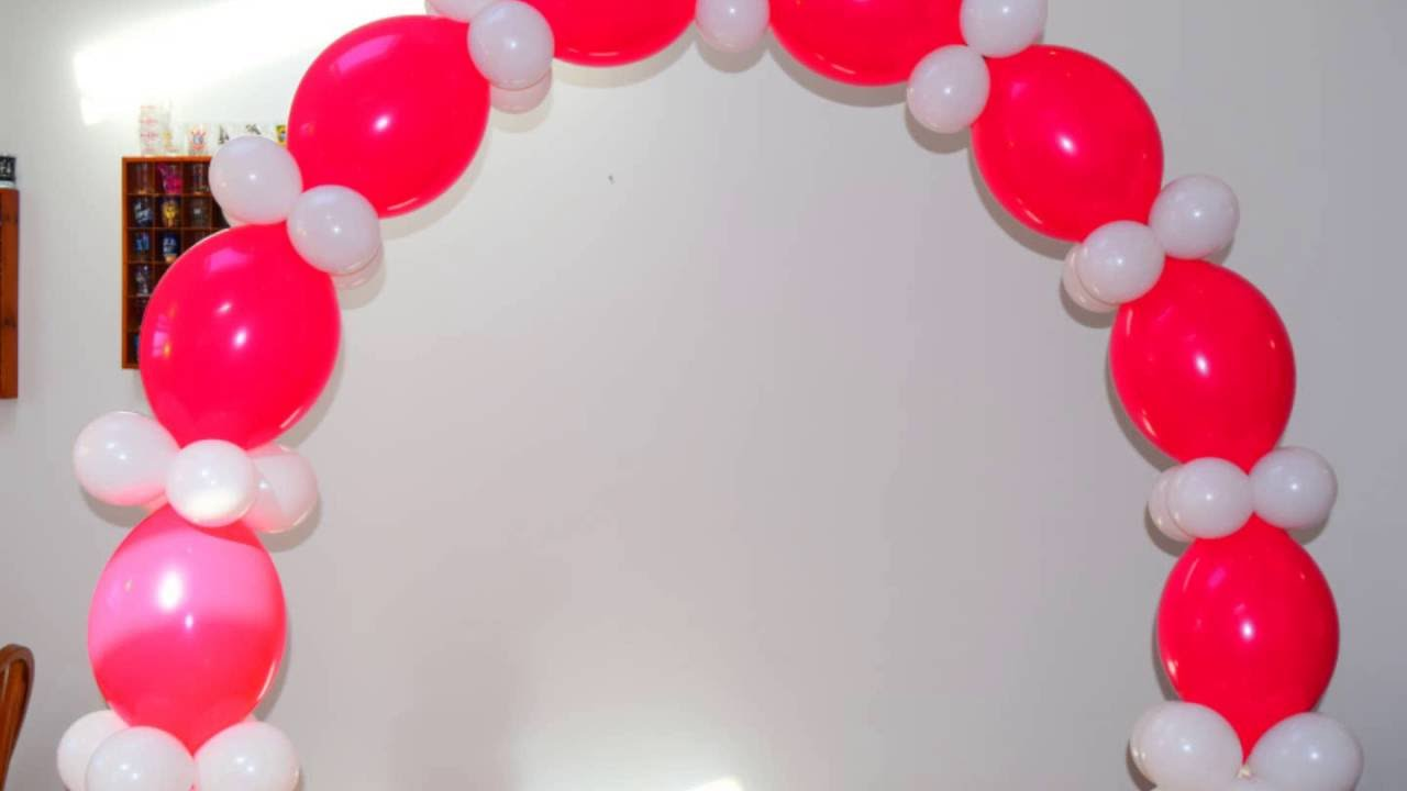 passo a passo de como fazer um arco de baloes sem estrutura YouTube -> Decoração Com Balões Como Fazer Passo A Passo