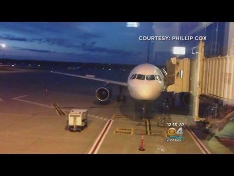 22 Passengers Hurt After Plane Hits Turbulence