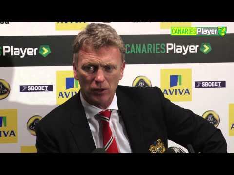 Manchester United's David Moyes On Robin Van Persie Injury