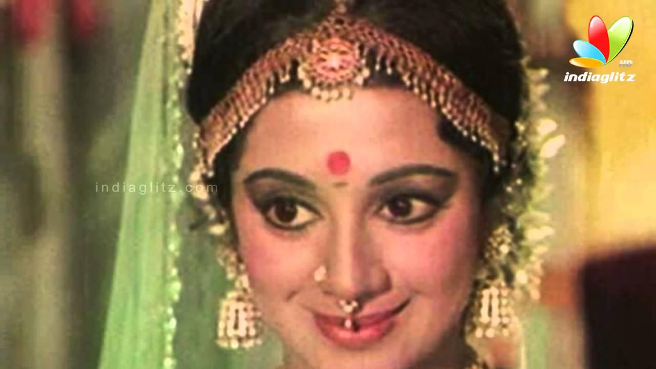 pics Srividya