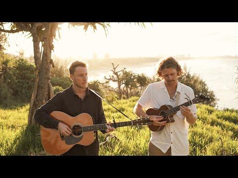 Смотреть клип Hollow Coves - Blessings