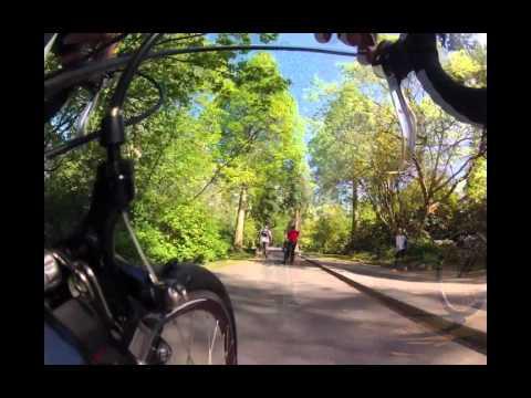 Brodie Bikes Rides The Vancouver Seawall