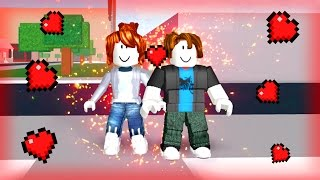 ROBLOX: I FELL IN LOVE WITH A FRIEND of the SCHOOL?!