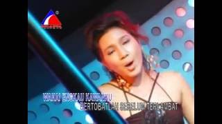 Video Bumi Makin Panas - Endang (Dangdut House) download MP3, 3GP, MP4, WEBM, AVI, FLV Agustus 2017