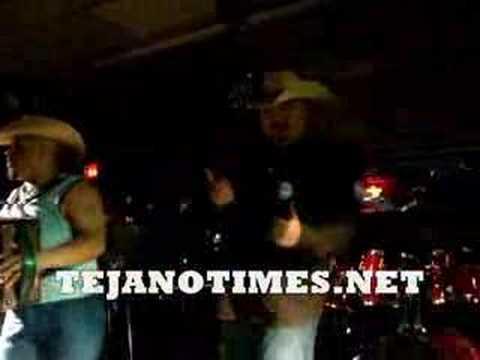 EDDIE GONZALEZ & SUNNY SAUCEDO AT COOL ARROWS