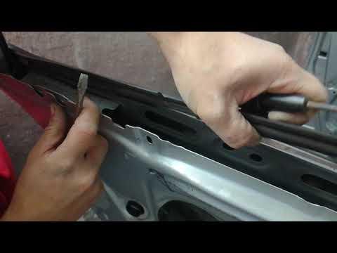 Снятие бархотки двери Toyota RAV-4