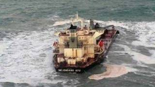 The boats than going under or Lost on the bering sea